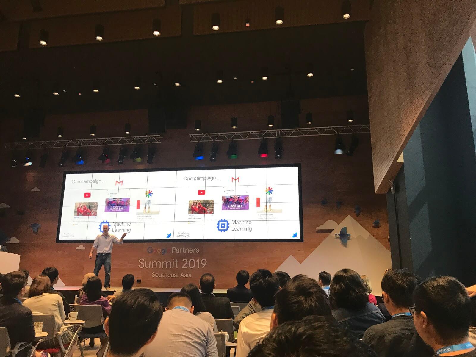Google-Summit-nói-về-sản-phẩm-mới.