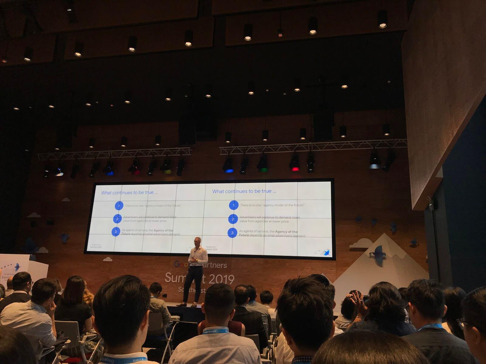 Sự-kiện-Google-summit-nói-về-tương-lai-Agency